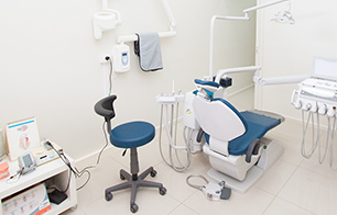 Dentist Quakers Hill